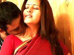 Sexy indian house wife