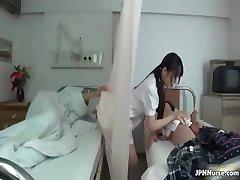 Japansk sjuksköterska älskar att suga två part3