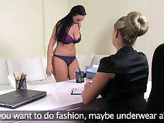 FemaleAgent. Kurviga MILF med stora bröst blir knullad med strap on