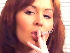 Trevlig Ingefära Rökning och Jävla