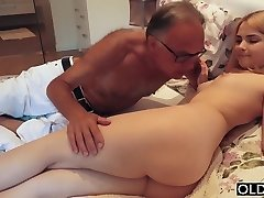 18 yo girl kissing and fucks her step dad in guest room
