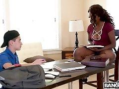 Hot Ebony Daya Knight Pummels With Teen