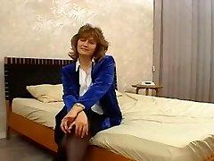 אמהות ליהוק - לודה (51 שנים)