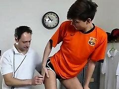 Dilf המאמן barebacking רזה תלמידים התחת