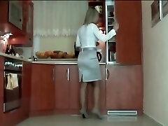 גרבי ניילון מטבח