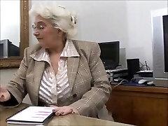 גדול Titts סבתא