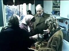 פתוח לרווחה (1974) שוודית רטרו. פורנו