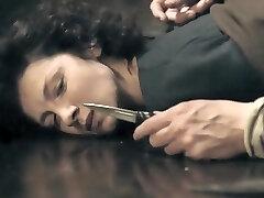 נוכרי S01E08 (2014) - Caitriona Balfe