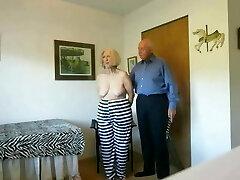 סו האסירה הבוגרת, שמנהלת הכלא השתמשה בה