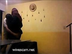 מדהים אחר אשתו בוגדת נתפס על מצלמת נסתרת