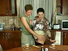 רוסיה בוגרת אמיליה 31