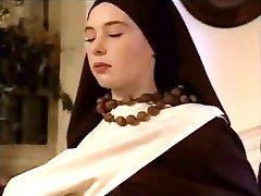 שתי נזירות לרצות את אבא שלהם, בכל דרך
