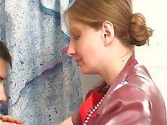זונה לוקח את הזין בשירותים עם התחתונים שלה על pt1