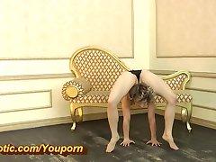 מדהים גמיש בלרינה בגרבי ניילון (HD)