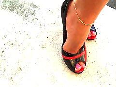 High Heels Walk - Milf