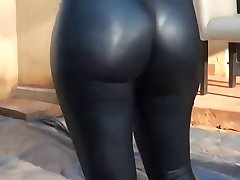 Hot ass and leggings
