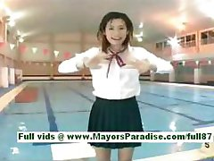 Rio shinano amateure asian chick in the pool swiming