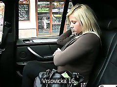 Amateur blonde pussy squirts in a taxi when the driver fingerfucks her