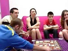 ספרדית בני נוער חילופי זוגות ומתבגר עם זין גדול