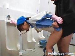 Asian popravak dama čisti krivo part1