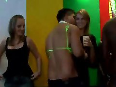 petrecere hardcore, petrecere de la praga htclub