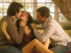 Jennifer Podemski - Palaima (Tris erotinio pobūdžio scenos) MFM