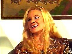 Bea Dumas DP & Fisting Orgy..