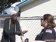 POLICAJAC je svezana s gagged u ustima home skandal