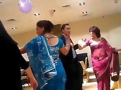 sexy nepaleză matusa dans în partid