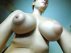 פאפי nippels אום בן 22, נערה בלונדינית