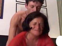 אמא ומתבגר הארדקור