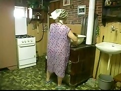 Jouissances De Mamies, Szene Three