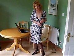 Mature Body Stockings Pantyhose De-robe