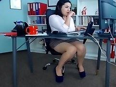 Wondrous  secretaries at the office