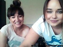 mama i kćer na kameri