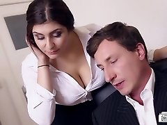 BUMS BUERO - Big-chested German secretary smashes boss at the office