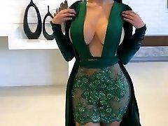 uimitor latina cu glamour