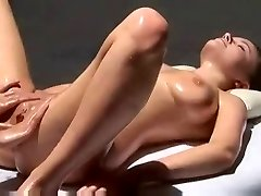 Multi Orgasmic Glamour Massage with oil.