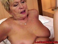 Curvy granny pussylicks cock-squeezing cutie