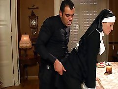 הנזירה השובבה