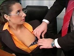 Sexy Daria Glower office fuck is good