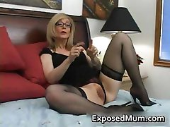blond mama cu ochelari lins greu part2