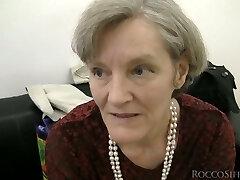 Horny lesbian grannies in a dirty porno clip