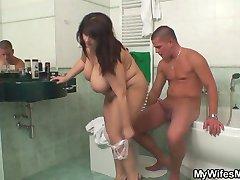 השומן שלה אמא זה טוב להחליף עבור מאונן בשירותים