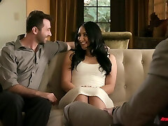 Curvaceous wife Mandy Muse gets laid in front of cuckold husband