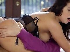 tushy molten wife keisha grey enjoys threesome
