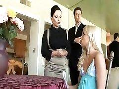Kacey Jordan ve Katja Kassin Kas haydut, büyük yarak tatmin vardır