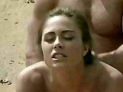 Esmer almak plajda seks