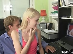 Czech blonde gf cheating
