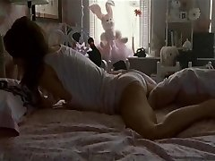 Natalie Portman'ın Mastürbasyon Sahnesi-Siyah Kuğu